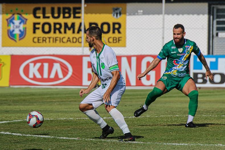 Altos supera Floresta, volta à vencer após 7 jogos e se afasta da z2 na Série C