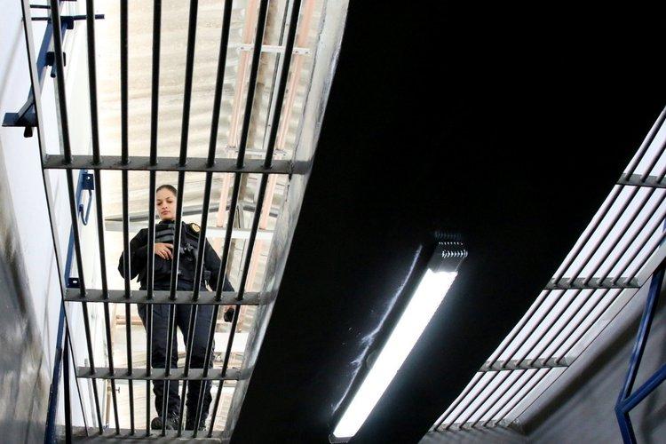 Com ala destinada a detentos perigosos, W. Dias inaugura mais moderno presídio do PI